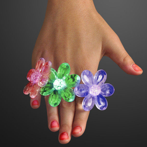 Acrylic Flower Rings LED Jewelry (Pack of 12) LED Acrylic Flower Rings Jewelry, Flower Rings, Light up flower rings, light up rings, themed parties